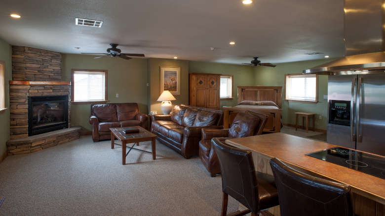 Founders Cabin Brownell Suites Pete Suite Interior 1