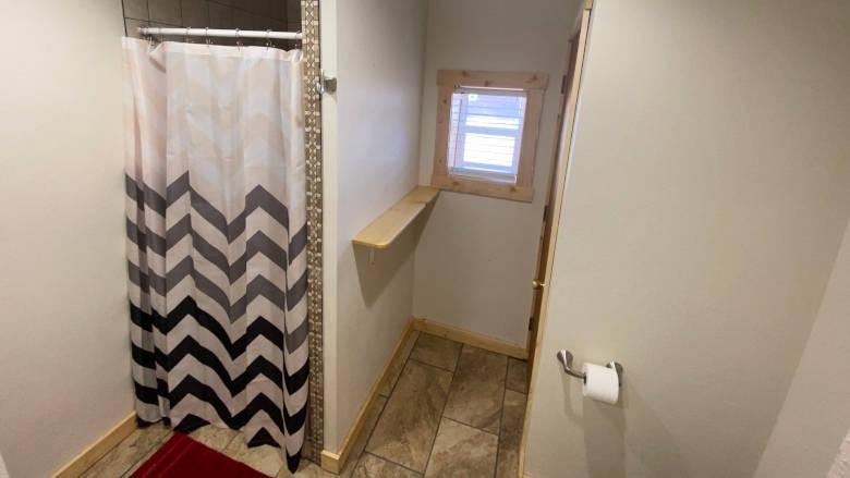 Legacy Cabin 11 Bathroom